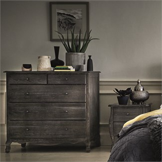 Luxury Bedroom Furniture | Feather & Black