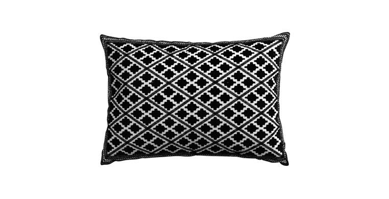 Zafra Diamond Cushion