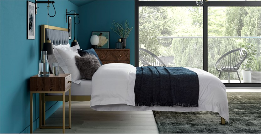 Chalfield Bed
